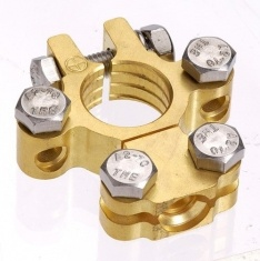 Projecta Brass Saddle Battery Terminal with Dual Auxiliary (Pos) BT620-P1